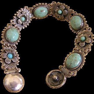 Turquoise Glass Cabochon Bracelet Flower Snap Closure