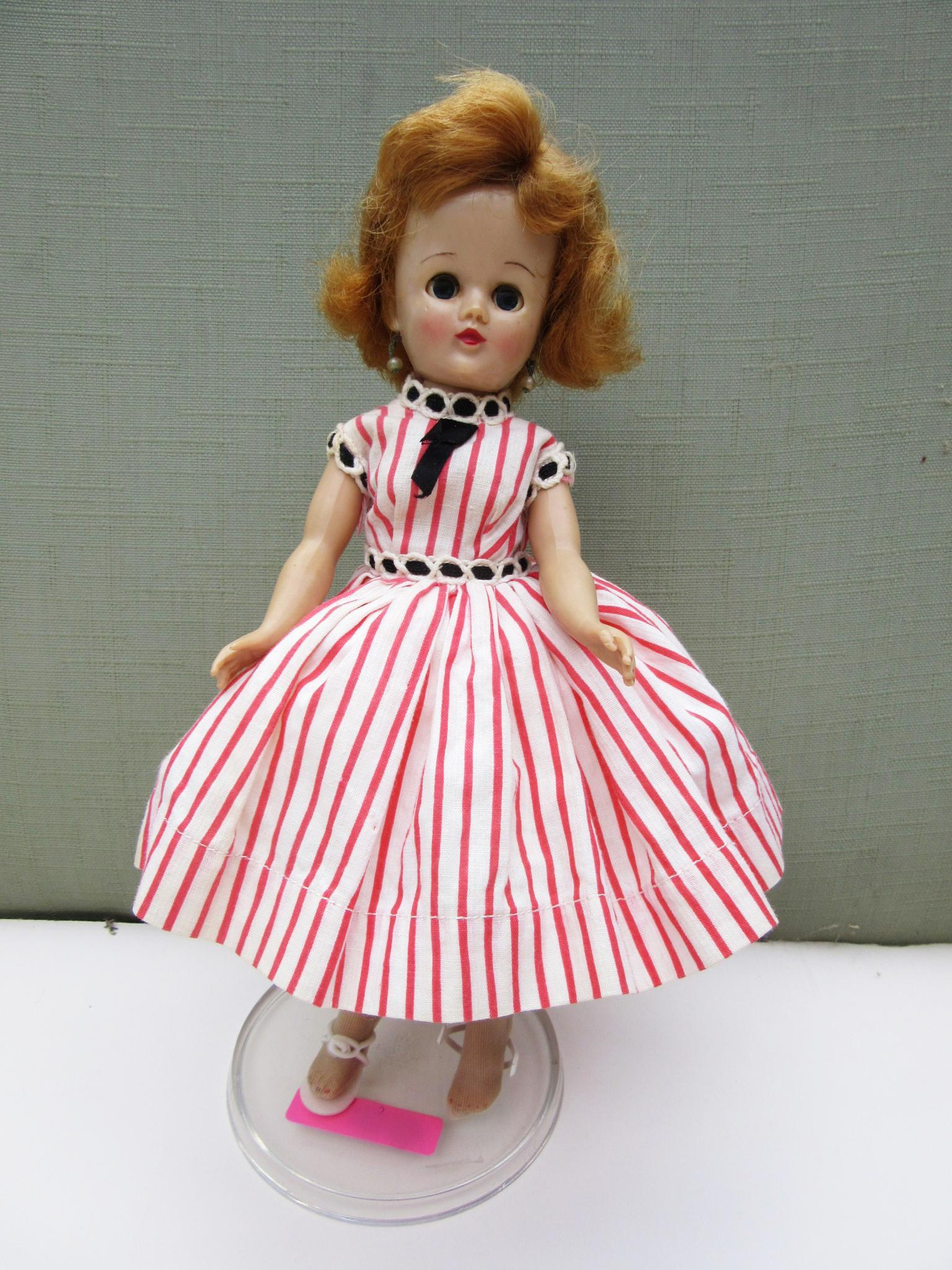 Vogue Jill HP in Original Outfit