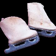 Ginny or Wendy size Vintage Ice Skates
