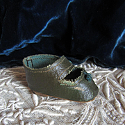 Single Vintage Oilcloth Green MA shoe from Scarlett