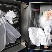 1993 FAO Schwartz Silver Screen Barbie in Original Box