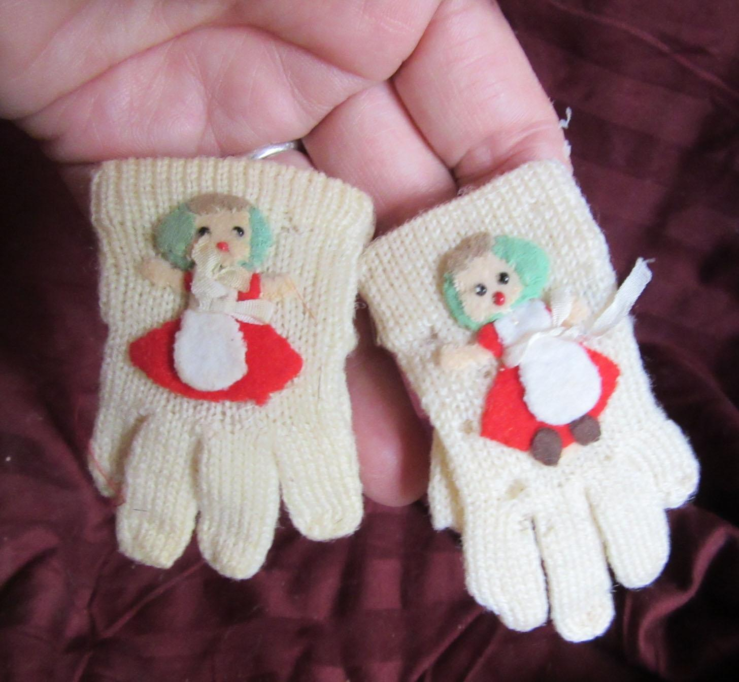 Vintage Wool Doll Gloves