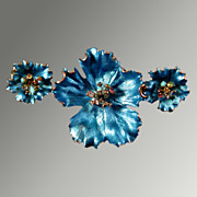 Brilliant Turquoise Pin & Earring Set with Rhinestone Centers