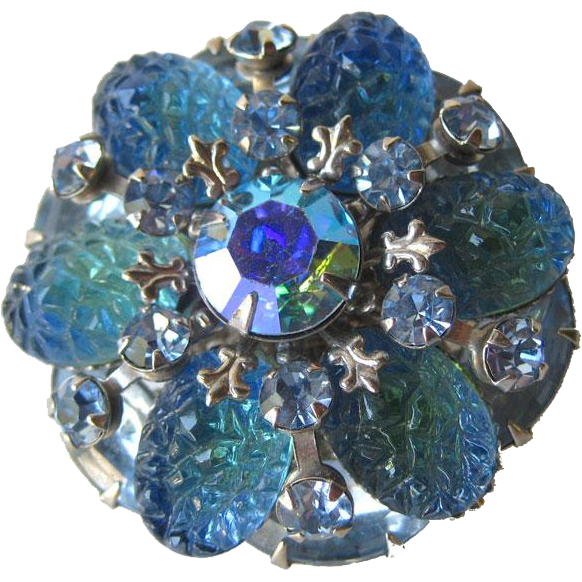 Molded Blue Rhinestone Pin / Vintage Jewelry / Vintage Brooch