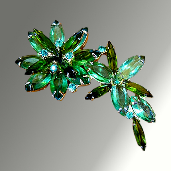 Gorgeous Green Dimensional Rhinestone Pin