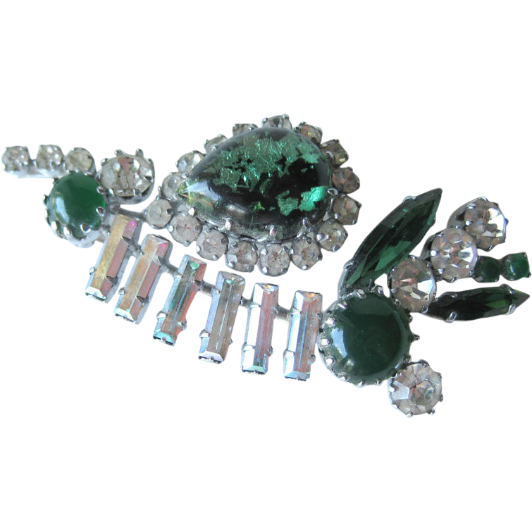 Vintage Rhinestone Pin Prong Set With Foil Stone