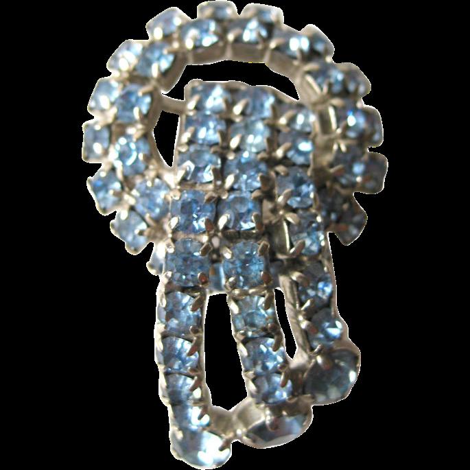 Blue Prong Set Rhinestone Circle and Ribbon Brooch / Vintage Jewelry / Vintage Brooch / Blue Rhinestone Pin