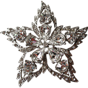 White Rhinestone Star Pin / Vintage Jewelry / Vintage Brooch / Wedding Bouquet / Rhinestone Brooch
