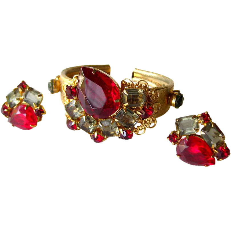 Vintage Red Rhinestone Clamper Bracelet and Clip On Earrings Set / Vintage Earrings / Costume Jewelry