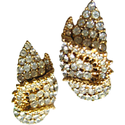 Ciner Pave Set Rhinestone Earrings / Clip On Earrings / Vintage Earrings / Costume Jewelry