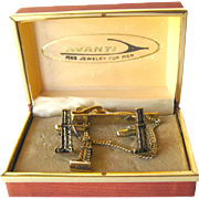 Avanti Presentation Oil Rig Cuff Links and Tie Bar Boxed Set / Gift for Him / Mens Gift / 1950s Mens Fashion / Vintage Mens Jewelry