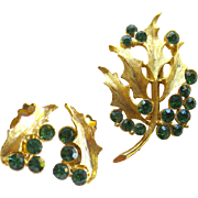 Vintage Christmas Rhinestone Holly Pin and Earring Set / Vintage Jewelry / Costume Jewelry
