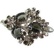 Juliana Rhinetone Pin - D and E Rhinestone Brooch - Costume Jewellery - DeLizza and Elster Brooch - Designer Jewelry