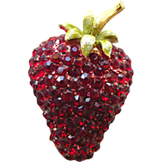 Strawberry Pin - Vintage Rhinestone Brooch - Figural Pin