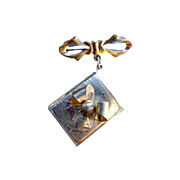 Locket Bow Brooch - Picture Pin - Vintage Locket