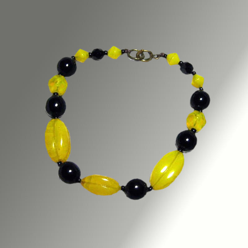 Yellow & Black Glass Bead Bracelet