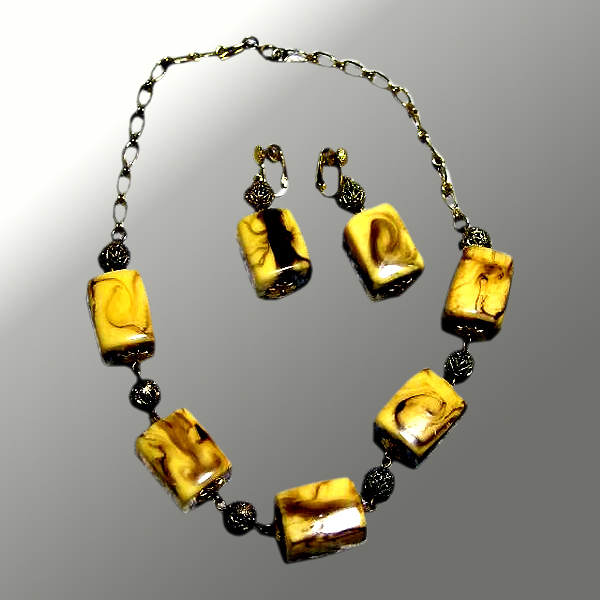 Demi-Parure Chunky Necklace & Earrings by Celebrity