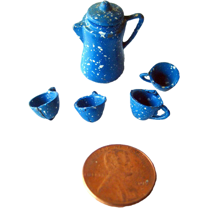 Miniature Graniteware Enamelware Coffee Pot and Mugs / Miniature Cast Iron Dollhouse / Dollhouse Miniature