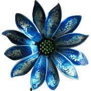 Blue Enamel Wash Flower Pin - Vintage Pin - Fashion Jewelry