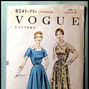 Vintage Vogue Dress Pattern 1954