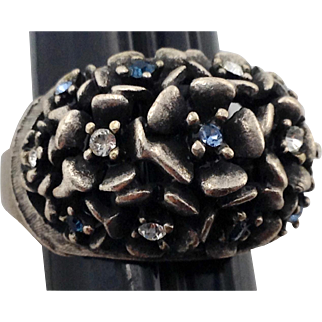 Chunky Hobe Cocktail Ring Forget Me Not Flower Blue Rhinestone Signed 6 to 7 .5 Silver Tone