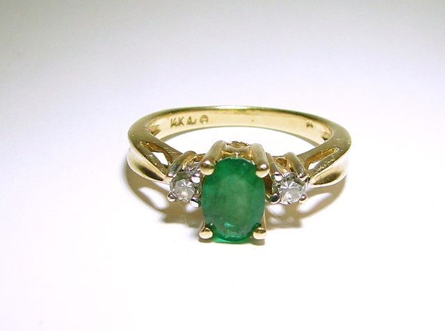Vintage Natural Green Emerald and Diamond 14k Gold Ring Size 6 5