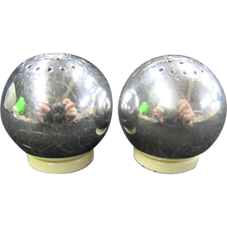 Chrome Round Ball Salt and Pepper Shakers
