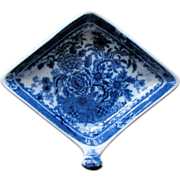 "Minton Pickle Dish, Diamond Shape with Handle, ""Basket"" Pattern,  c 1815"