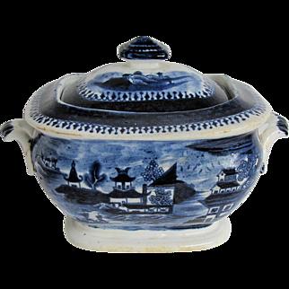 "John Rose Coalport Sugar Box, Dark Blue Chinoiserie, ""Curly Pagodas"", Antique Early 19th C English"
