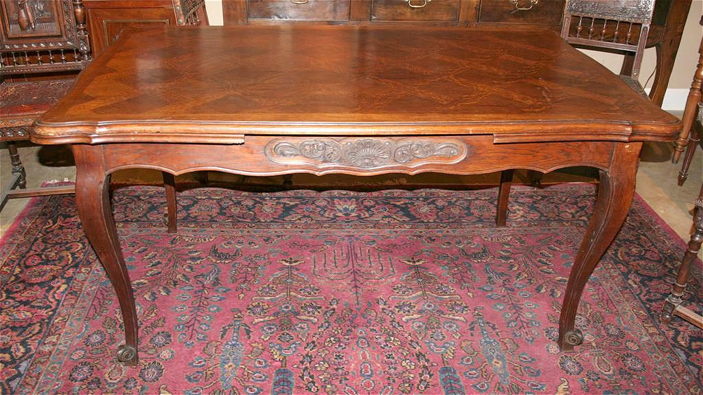 French Oak Draw Leaf Table