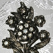 Impressive Little Nemo Vintage Bouquet Brooch