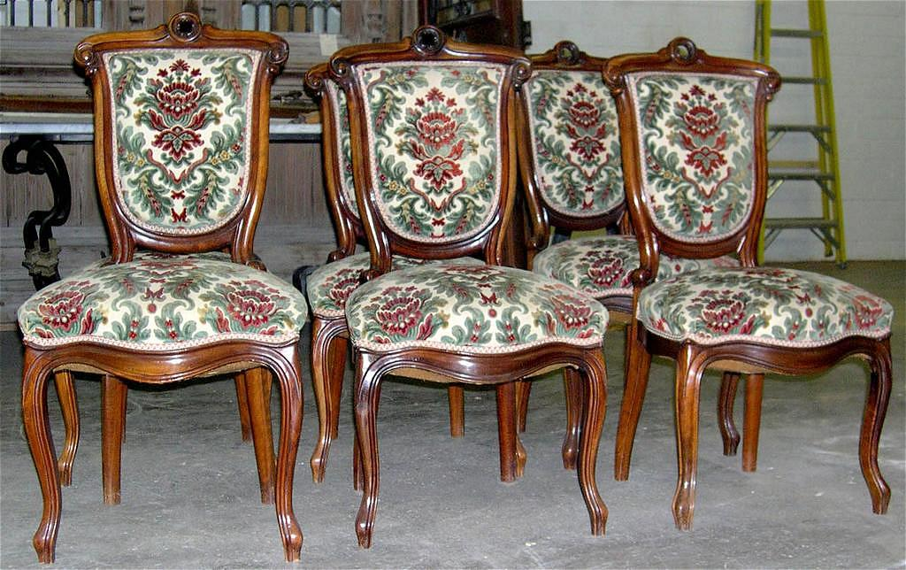 Fantastic Set of 6 Napoleon III Style Walnut Chairs