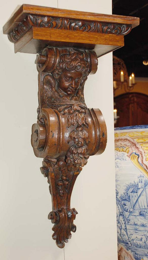 French Carved Wall Bracket