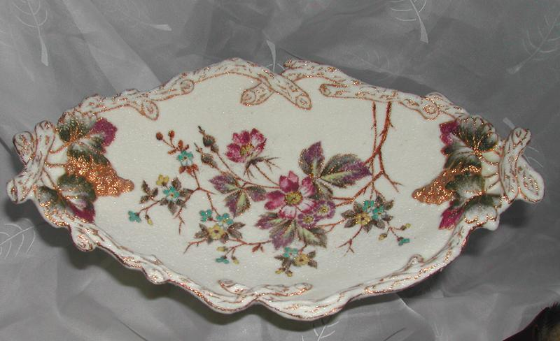 Gorgeous Rough Finished Multicolor Floral Motif Bon Bon