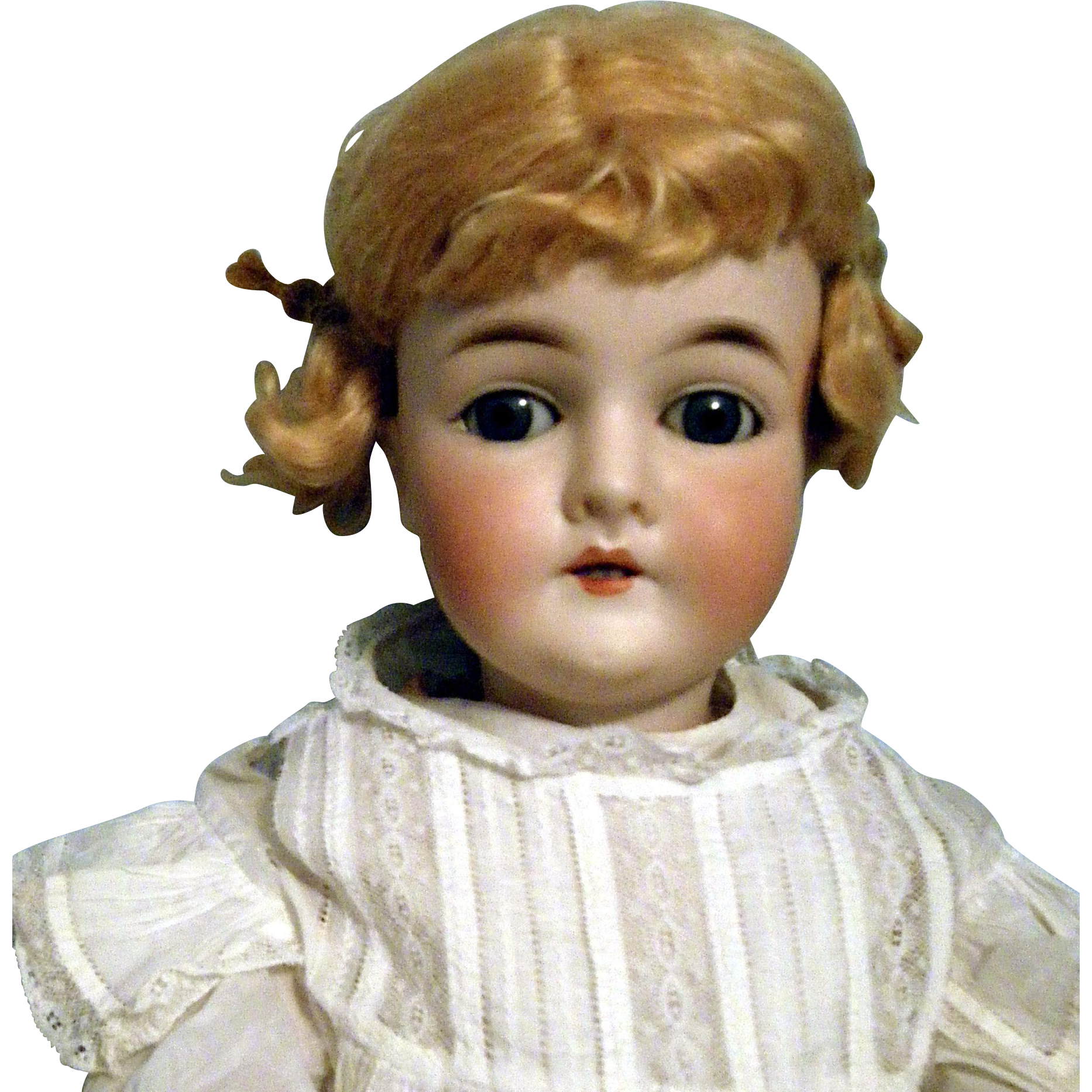 Lovely Queen Louise Doll