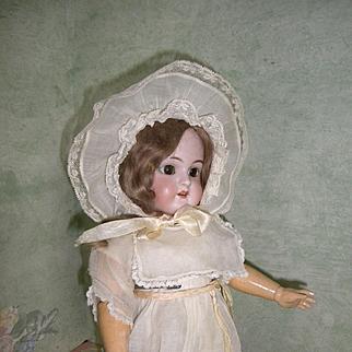 Henrich Handwerck #109 Girl Doll