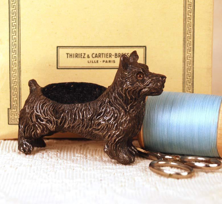 French Figural Pique-épingle/Pin Cushion circa 1865-1880