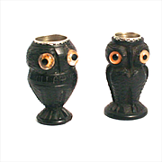 An Antique Pair of 1850 Irish Bog Oak Thimble Holder Owls sewing Accessories