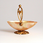 AN 1860 Palais Royal Mother of Pearl Jewellery Trinket Shell Basket. 3 Inches  x 2 x 3 high.