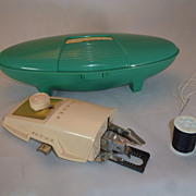 1960 Singer Button Holer, Jetson's / Oyster Style Turquoise Color Case