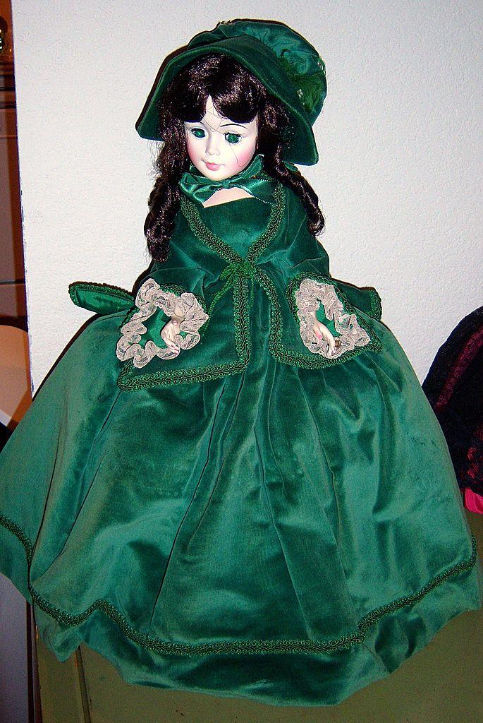 Madame Alexander Scarlett