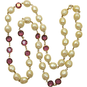 Elegant Imitation Pearl and Purple Collet-Set Rhinestone Necklace