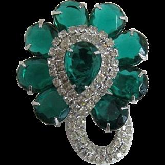 Elegant Green Pear-Shaped and Clear Rhinestone Brooch