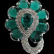 Elegant Green Pear-Shaped Rhinestone Brooch