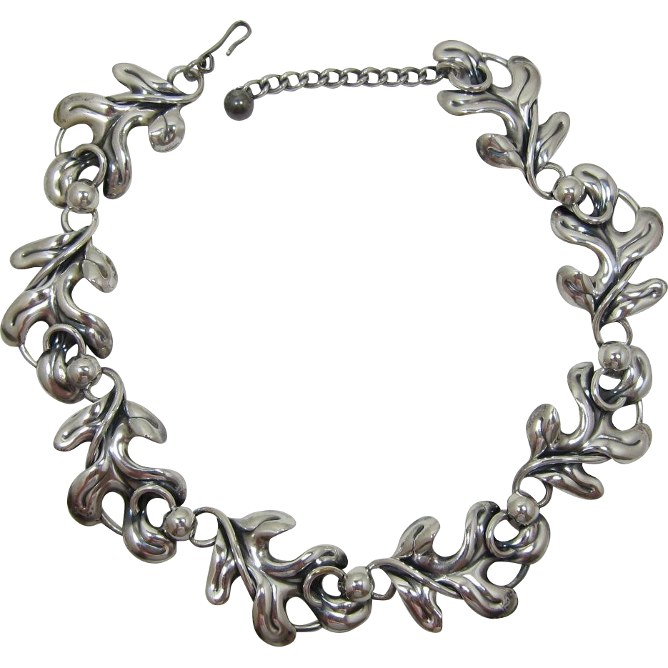 Napier Silver-Plated Oak Leaf Link Necklace
