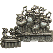 Fun J.J. Pin -  Cat's Singing on a Fence Pin with Mice