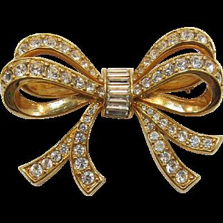 Beautiful Swarovski Gold-plated Bow Brooch with Clear Rhinestones