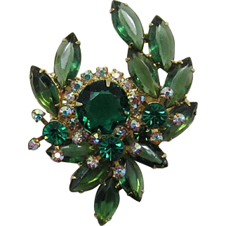 Luscious DeLizza and Elster Juliana Green Spray Brooch with Three Florettes