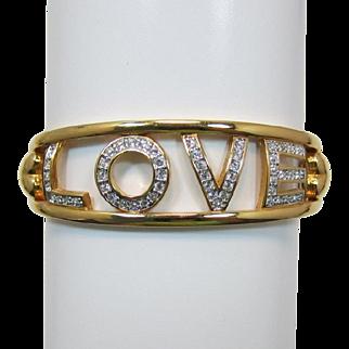 "Beautiful Swarovski Swan Mark Bracelet Spells ""LOVE"""
