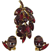 DeLizza and Elster Juliana Red Aventurine Red Fluss Brooch and Earrings Set